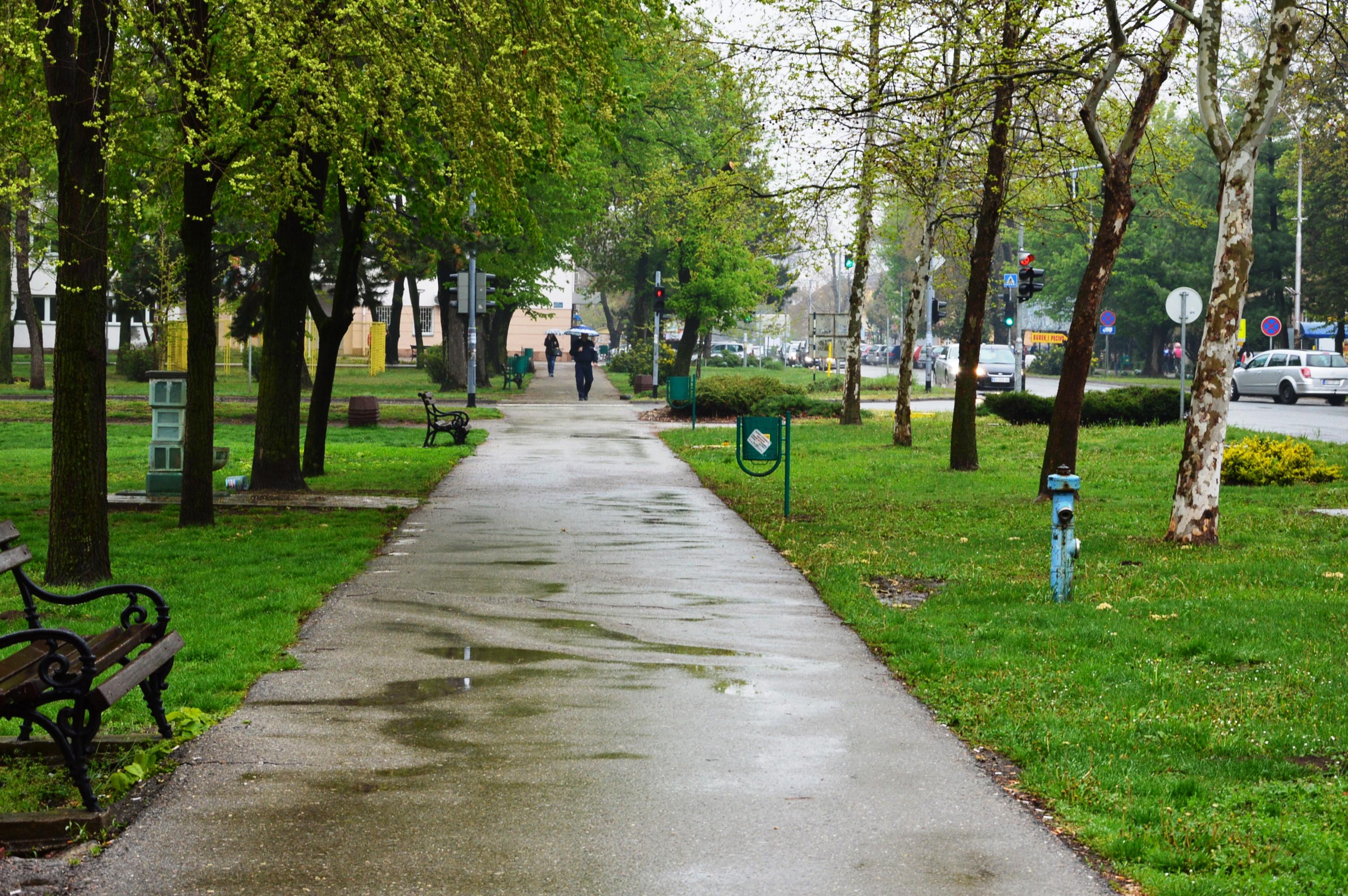 VREME ŽABALJ: Do kraja ove nedelje tmurno, hladno i kišovito