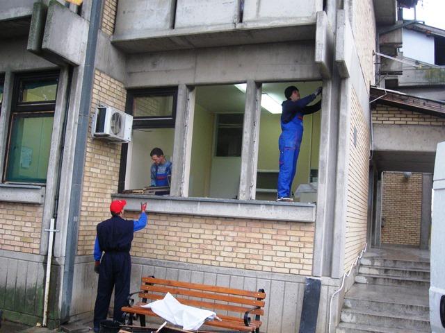 GOSPOĐINCI: Stari prozori na ambulanti zamenjeni novim