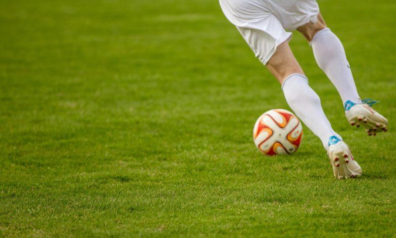 football-1275123_1920