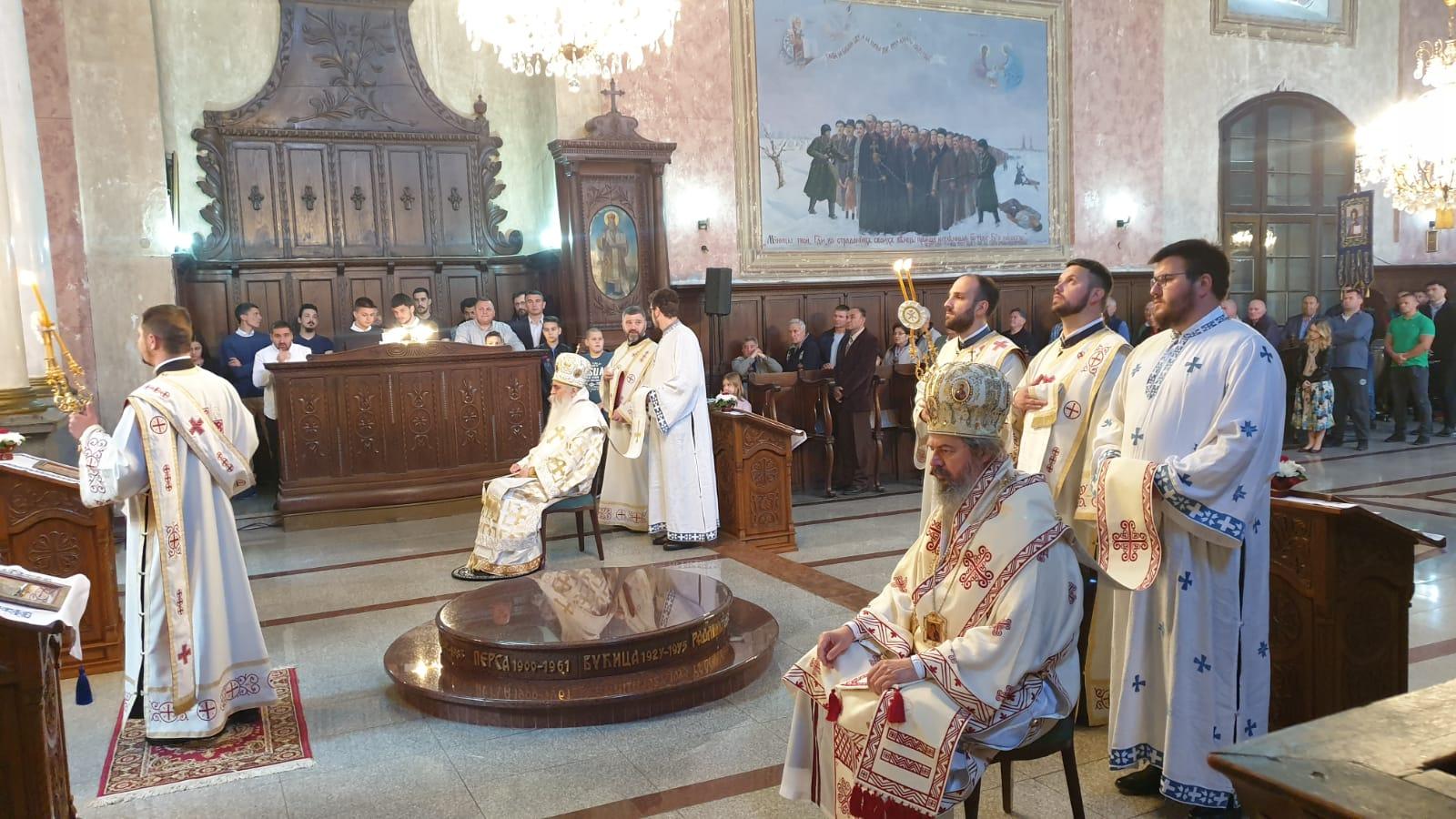 Uručen ugovor za rekonstrukciju fasade na dan hramovne slave