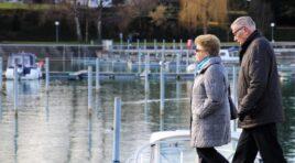 Penzioneri će do kraja decembra dobiti pomoć od 5.000 dinara
