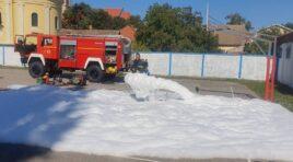 ŽABALJ: Predškolci se družili sa vatrogascima i policajcima